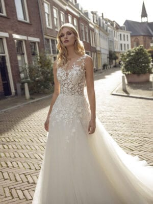 Modeca 2021 Krissy bryllupskjole